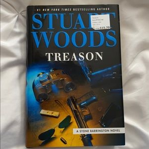 Stuart Woods. Treason